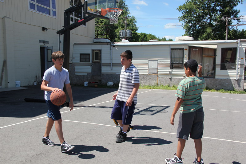 kars4kids_thezone_camp_boys_basketball (41).JPG