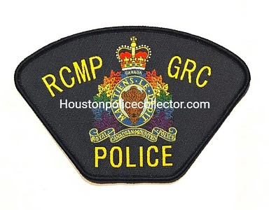 Wanted Pride / Rainbow patches