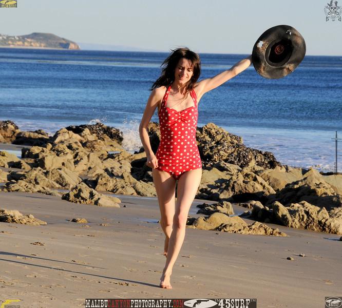 matador swimsuit malibu model 1222..345.jpg