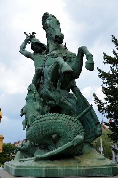 DSC_0356-st-george-statue.JPG