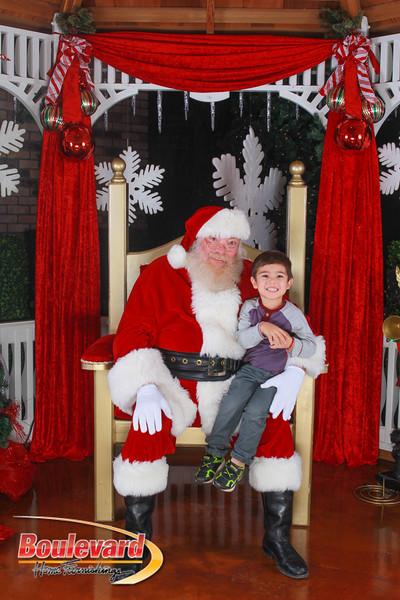Santa 12-10-16-69.jpg