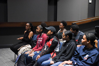 Nikki Giovanni talks to Bridges students