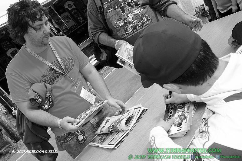 autograph session 12.jpg
