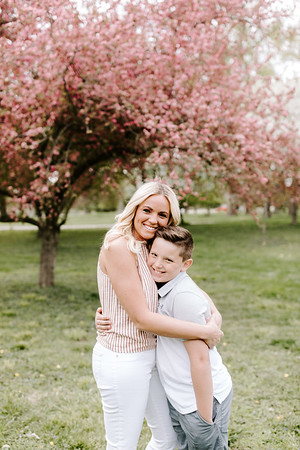Whitney | April 2019 Mini Bloom Session