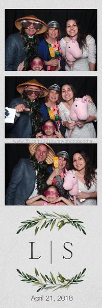ELP0421 Lauren & Stephen wedding photobooth 114.jpg