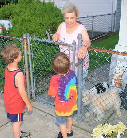 Kids Talking to Neighbor, High St, Coaldale (5-28-2012)