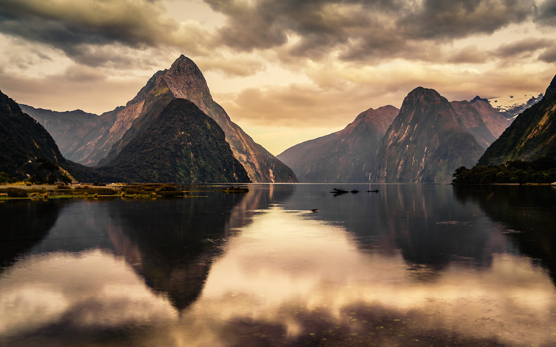moody-hues-milford-sound-new-zealand.jpg