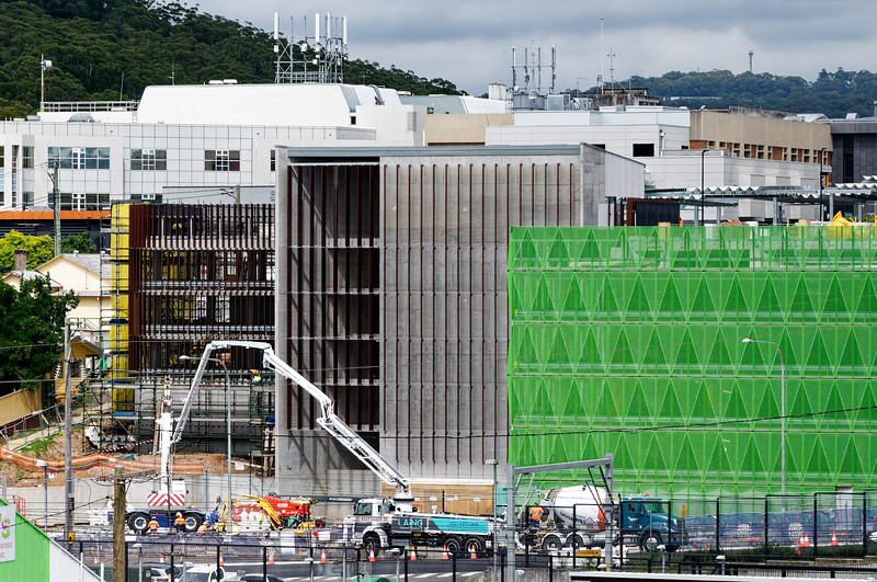 Gosford Hospital building progress December 18, 2018.  (h75ed)