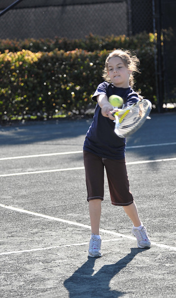 2009-02-21 - Morgan and Dylan tennis lesson