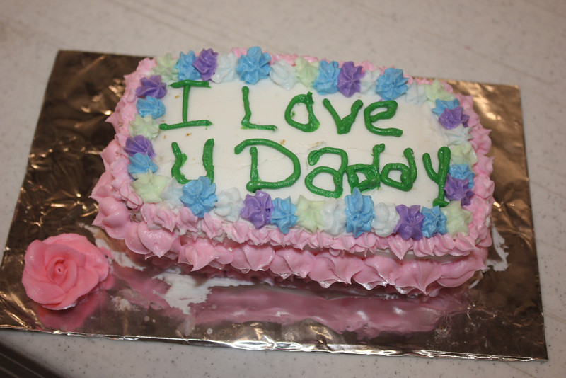 Mid-Week Adventures - Cake Decorating -  6-8-2011 179.JPG