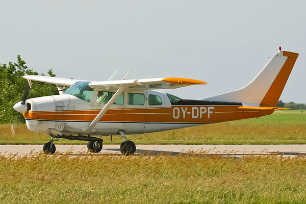 OY-DPF - Cessna 210-5