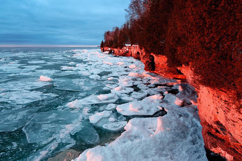 Warming Winter - Cave Point County Park (Door County - Wisconsin)