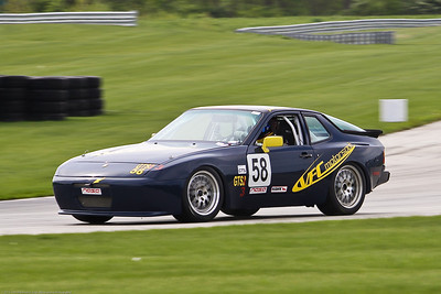 VFC GTS3 #58 Porsche 944 @ Autobahn, April 2012