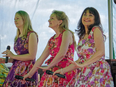 The Decadettes at Weymouth's Greenhill Gardens