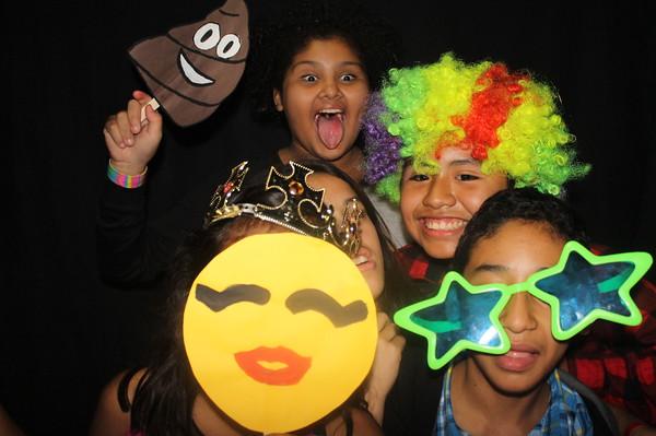 Santiago Elementary Emoji Dance 11/13/2015