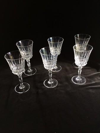 cut wine tall glasses
