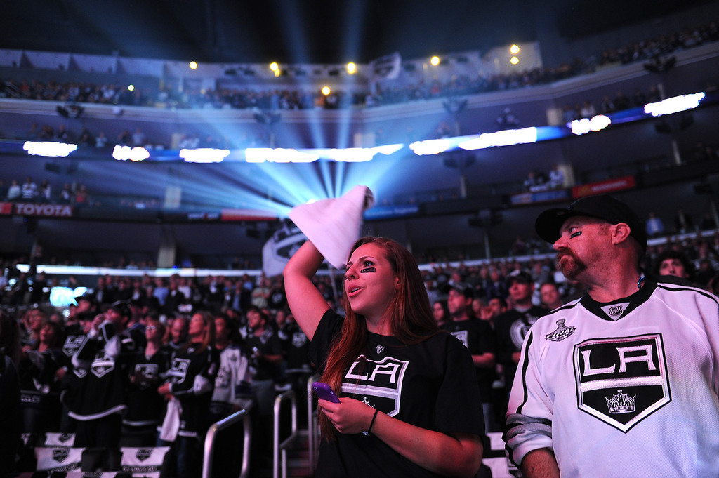 . Kings fans cheer before game six against the Blackhawks in the Western Conference Finals, Friday, May 30, 2014, at Staples Center. (Photo by Michael Owen Baker/Los Angeles Daily News)
