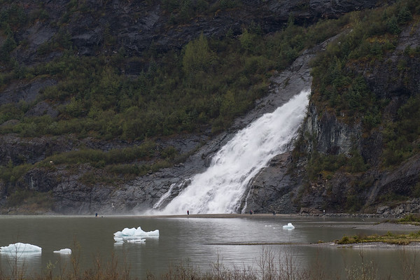 day 6 endicott arm and dawes glacier-430