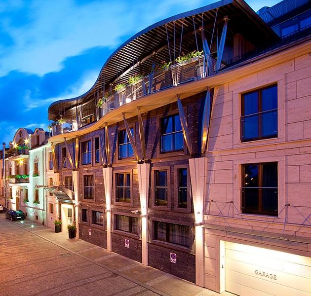 krakow-mid-niebieski-art-hotel.jpg