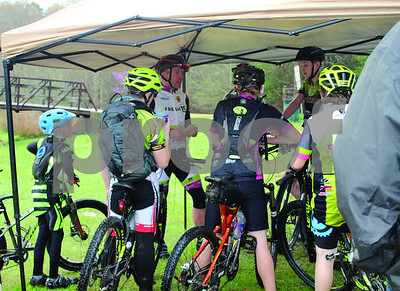 mountain-biking-team-learns-mental-toughness-grit-and-perseverance