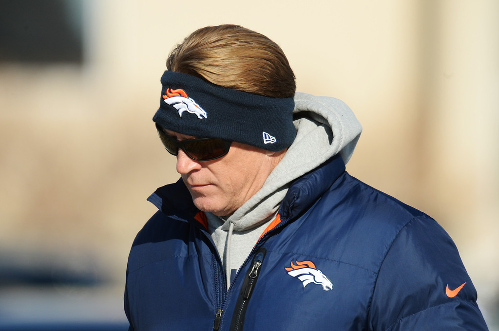 . Defensive Coordinator Jack Del Rio of Denver Broncos  heading to the practice field of Denver Broncos Headquarters at Dove Valley in Englewood, Colorado on Friday,  December 6, 2013. (Photo by Hyoung Chang/The Denver Post)
