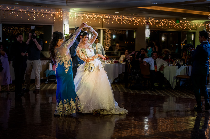 2017-DEC9_Wedding-654.jpg