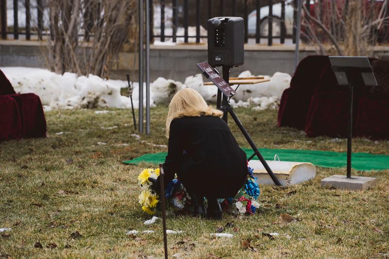 baby dew funeral-199.jpg