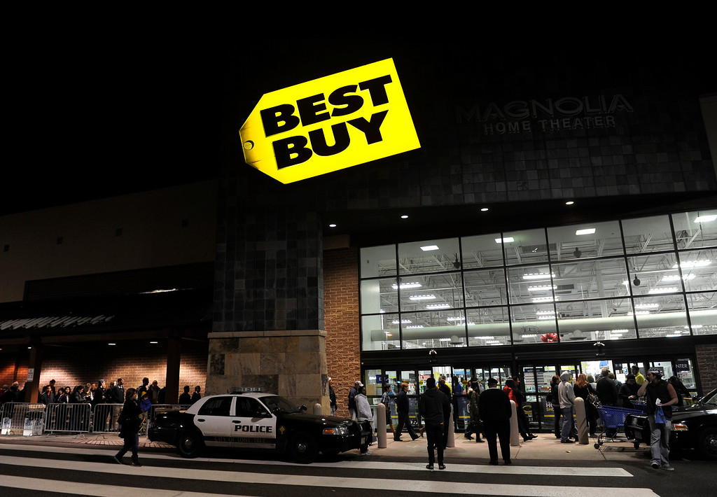 . Shoppers lined up for deals at the Best Buy store in Lone Tree Thursday night, November 28, 2013. Many metro area stores got a jump on Black Friday by opening on Thursday. Best Buy remained open through the night. Photo By Karl Gehring/The Denver Post