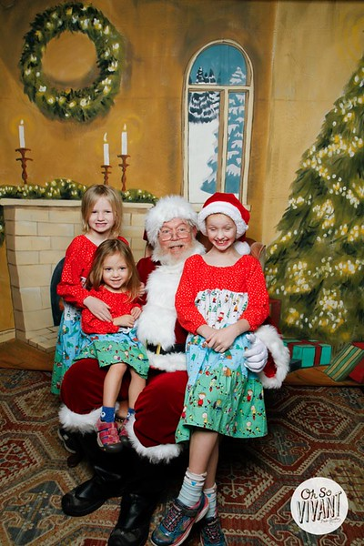 Pictures with Santa @Earthbound 12.1.2018-057.jpg