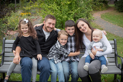 Amanda & Rob's Family Portrait Photography- Westfield, MA New England