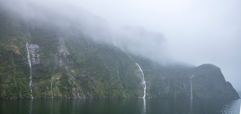 Milford Sound (1 of 15).jpg