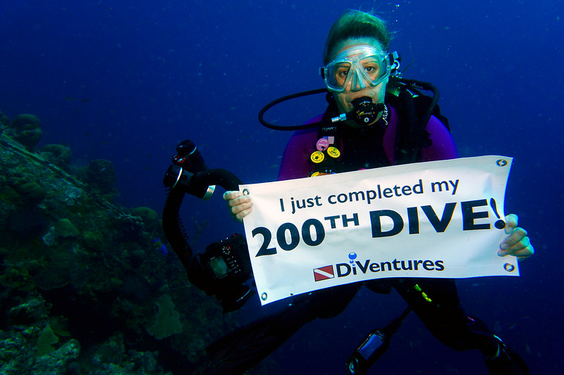 darcy 200th dive bon18.jpg