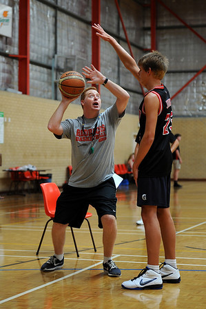 Perth Redbacks WABL training with Rob Reveridge
