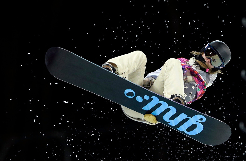 . United States\' Kaitlyn Farrington competes during the women\'s snowboard halfpipe semifinal at the Rosa Khutor Extreme Park, at the 2014 Winter Olympics, Wednesday, Feb. 12, 2014, in Krasnaya Polyana, Russia. (AP Photo/Felipe Dana)