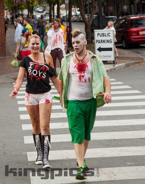 ZombieWalk2012131012169.jpg