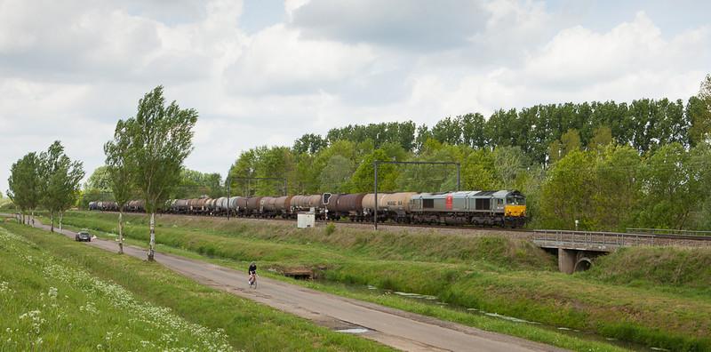 Crossrail DE 6309 with the 60248 (Antwerpen-Berendrecht - Hasselt) in Schulensmeer.