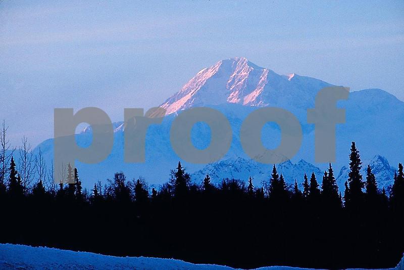 AK Denali 3.05.022.jpg