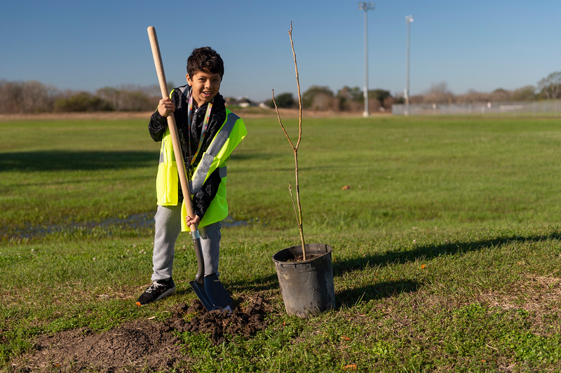 Tree Planting_Crenshaw_Preston__2020_030.jpg