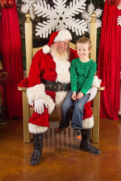 Santa 12-16-17-358.jpg