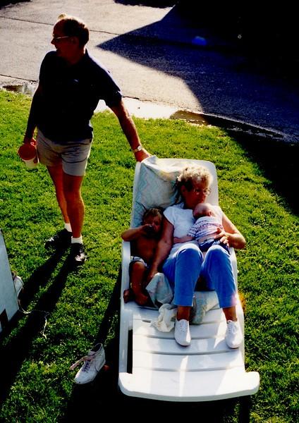 Oma104 (2) Aug 92.jpg