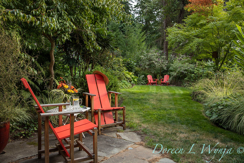 Whit & Mary Carhart garden_6198.jpg