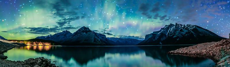 Lake Minnewanka Under the Lights