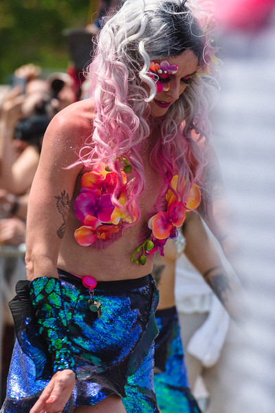 2019-06-22_Mermaid_Parade_1943.jpg