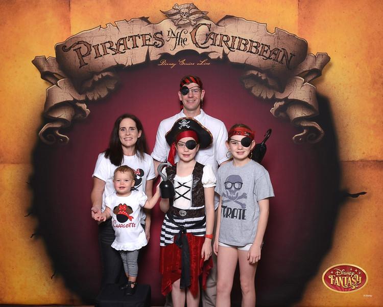 403-124159608-C Pirate In The Caribbean 3 MS-49619_GPR.jpg