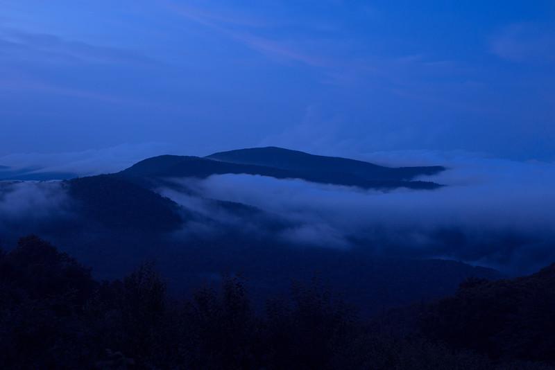 shenandoah-fog_19295110338_o.jpg