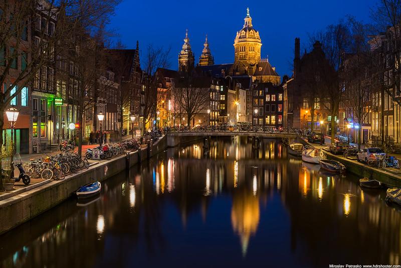 Amsterdam_DSC7527-web.jpg