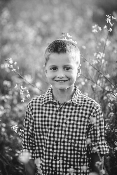 James Kids Spring Mini 2019_0024bw.jpg