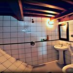 normal_Seven_Seas_Bathroom.jpg