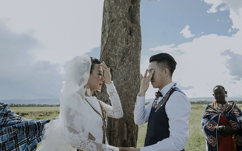 Tu-Nguyen-Destination-Wedding-Photographer-Kenya-Masai-Mara-Elopement-Doris-Sam-376.jpg