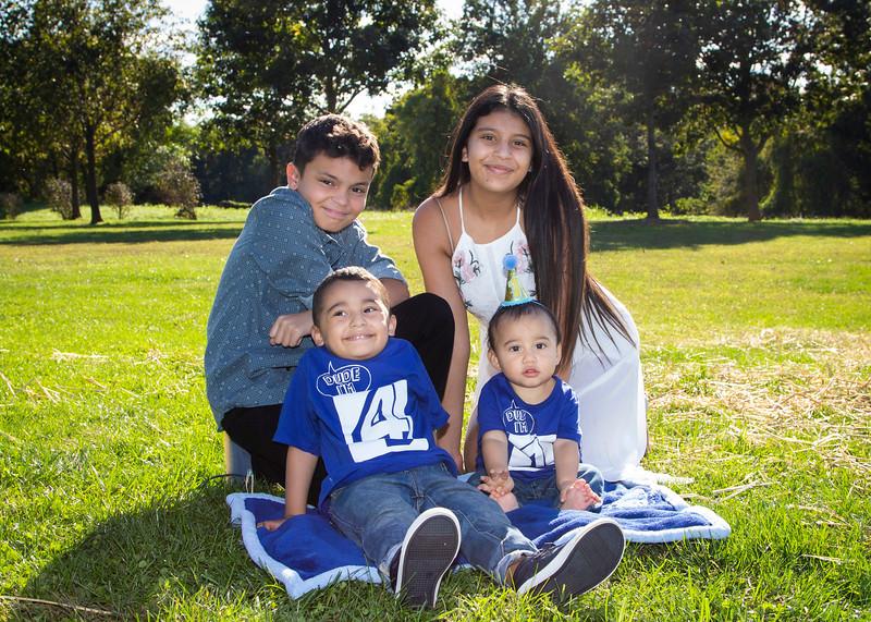 2020 10 Jose and Susanah Family _MG_068955.jpg